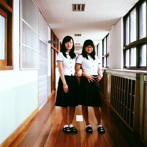 portraits_double_13_school_girls_480px_72dpi