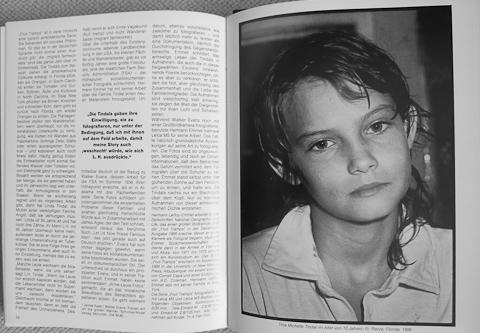 In Leica Fotografie International 8.89 habe ich eine Bildstrecke veröffentlicht und einen Text zum Projekt geschrieben - hier die letzte Doppelseite mit Tina im Alter von 10 Jahren, 1986.