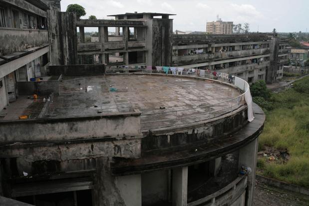 Guy Tillim, Grande Hotel, Beira, Mozambique 2008