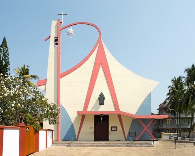 PAX, modernistische Kirche in Indien