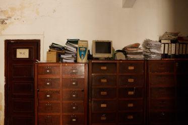 Büroschränke mit Akten